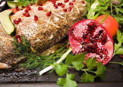 السمك مع فيروز الرمان